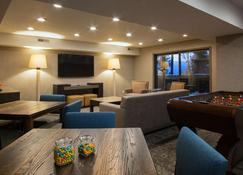 Hotel Azure - South Lake Tahoe - Living room