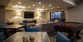 Hotel Azure - South Lake Tahoe - Phòng khách