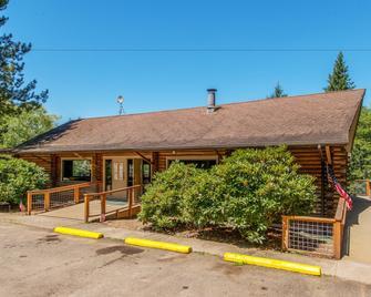 Chehalis Rv & Camping Resort - Chehalis - Building