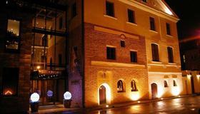 فندق دواجيرداس - كاوناس - مبنى