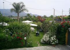 Villa delle Vacanze - Fiumefreddo di Sicilia - Outdoors view