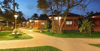 Cherai Beach Resort - Kochi - Outdoors view