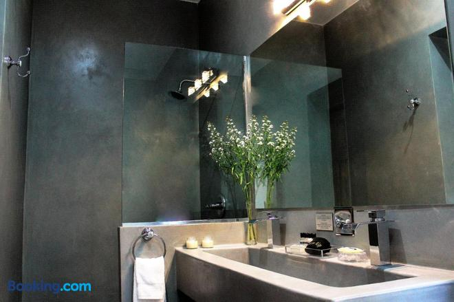 La Isabela Suites - Panama City - Bathroom
