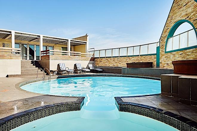 First Group The Palace All-Suite - Durban - Pool