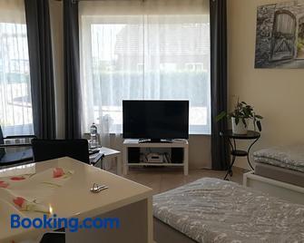 Helles 1-Zimmer-Apartment in Hemmingen/Hannover - Hemmingen - Schlafzimmer