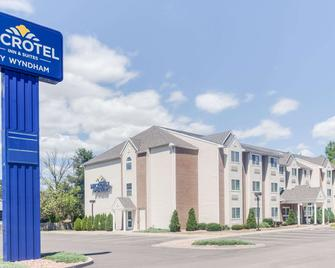 Microtel Inn & Suites by Wyndham Bath - Bath - Edificio