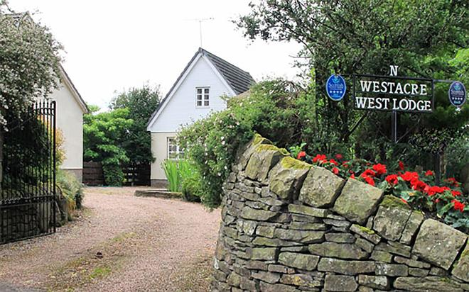 Westacre Bed & Breakfast - Crieff - Outdoors view
