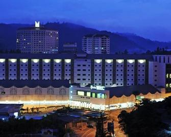 Nova Highlands Hotel - Brinchang - Будівля