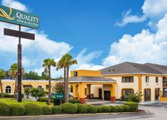 Quality Inn & Suites - Orangeburg - Building