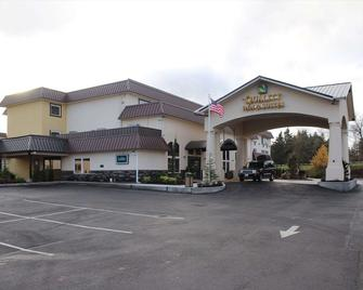Quality Inn & Suites Tacoma - Seattle - Tacoma - Building