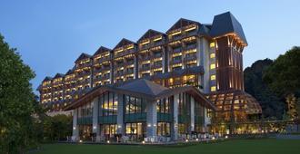 Resorts World Sentosa - Equarius Hotel (Sg Clean) - Singapore - בניין