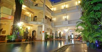 Grand Sunset Angkor Hotel - Siem Reap - Byggnad