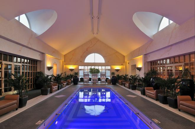 The Spa at Norwich Inn - Norwich - Pool