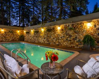 Vail's Mountain Haus - Vail - Pool
