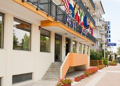 Regent - Pescara - Edificio