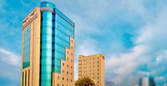 Kingsgate Hotel Doha by Millennium Hotels - דוחה