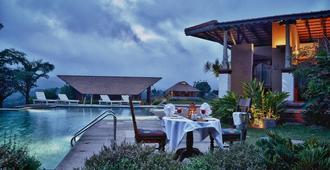 Heritage Resort Coorg - Madikeri - Balcony