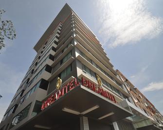 Dreamtel Kota Kinabalu - Kota Kinabalu - Building