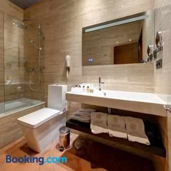 Hotel Boutique Palacio Pinello - Sevilla - Bathroom