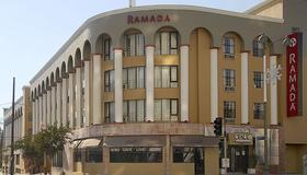 Ramada by Wyndham Los Angeles/Koreatown West - Los Angeles - Building