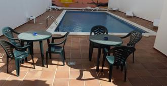 Hostal Horizonte - San Antonio de Portmany - Piscina