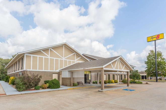 Super 8 by Wyndham Bentonville - Bentonville - Edificio