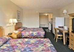 大東街戴斯酒店 - 麥爾托海灘 - 默特爾比奇 - 臥室