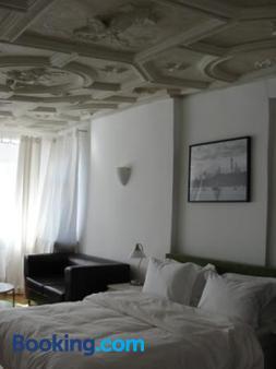 The Square Coburg - Coburg - Bedroom