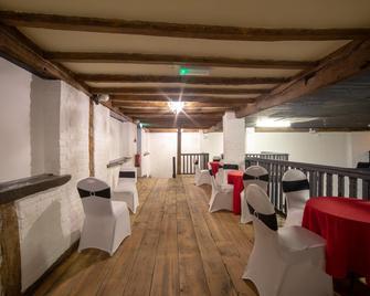 OYO Tudor oaks lodge - Baldock - Restaurant
