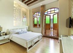 O'Nya Phuket Hotel - Wichit - Makuuhuone