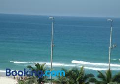 Alto Estilo Barra Posto 8 - Rio de Janeiro - Beach
