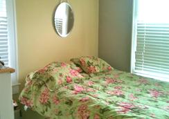 Discovery Yoga Center - St. Augustine - Bedroom