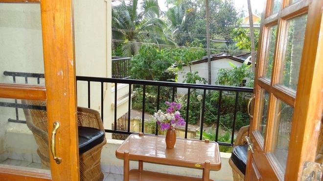Prachi Holidays Home - Калангут - Балкон