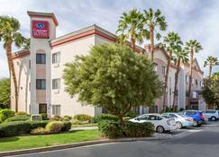 Comfort Suites Palm Desert I-10 - Palm Desert - Building