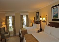 Publick House Historic Inn and Country Motor Lodge - Sturbridge - Schlafzimmer