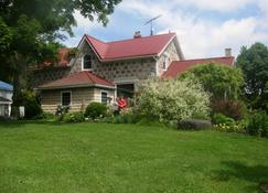 Koch Haus Bed and Breakfast - Stratford - Rakennus
