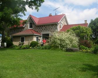 Koch Haus Bed and Breakfast - Stratford - Gebouw