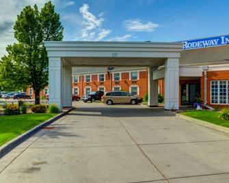 Rodeway Inn - Grand Forks - Gebäude