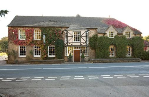 Hunters Hall Tetbury By Greene King Inns - Tetbury - Building