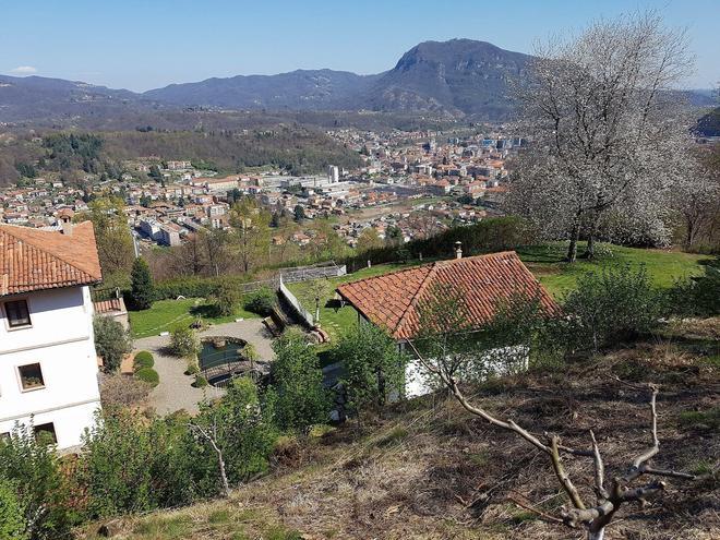 B&B Villa Naugera - Borgosesia - Outdoors view