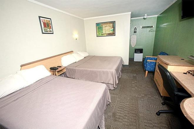Meadowbrook Motor Lodge - Jericho - Schlafzimmer
