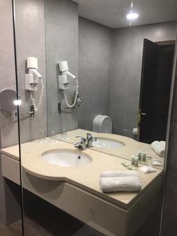 Hotel Euro Moniz - Porto Moniz - Bad