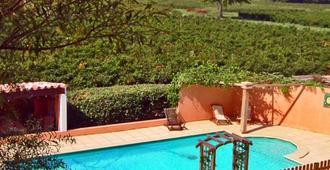 Chambres d'hôtes Domaine de Beaupré - Narbona - Piscina