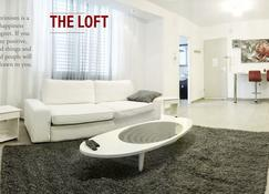 Stylish Tel Aviv Central Loft - Tel Aviv - Sala