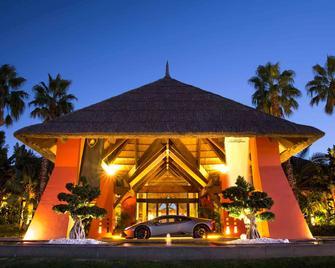 Asia Gardens Hotel & Thai Spa, a Royal Hideaway Hotel - Benidorm - Edificio