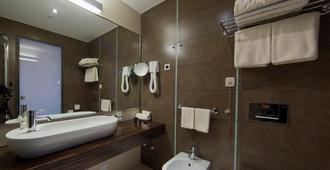 Lifedesign Hotel - Belgrade - Bathroom