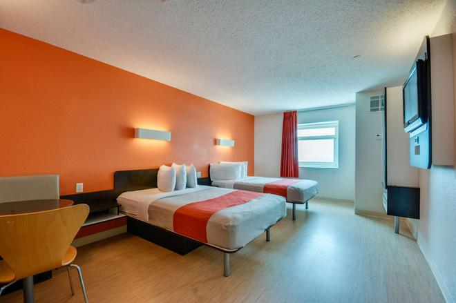 Motel 6 Biloxi-Beach - Biloxi - Phòng ngủ