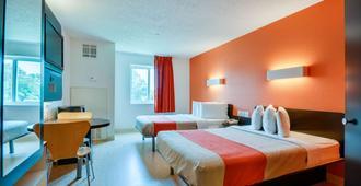 Motel 6 Biloxi Ms - Beach - Biloxi - Bedroom