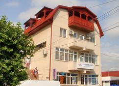 Pension Oituz - Мангалия - Здание