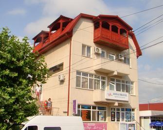 Pension Oituz - Mangalia - Building